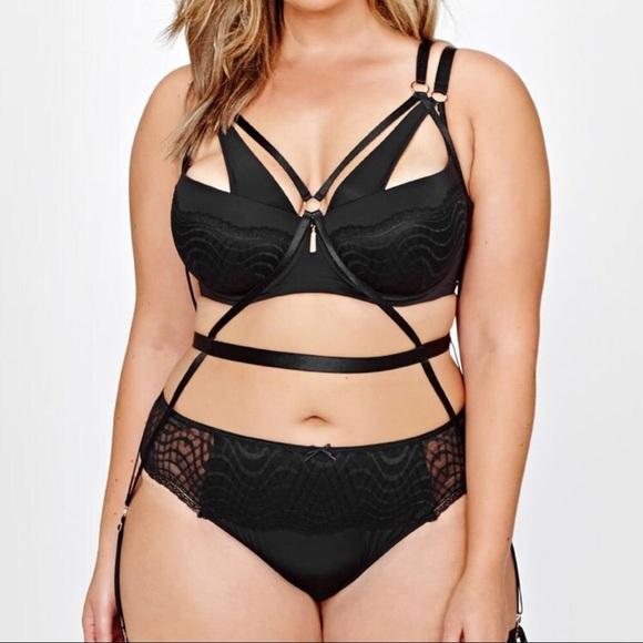 ac0effa5089ad Ashley Graham Intimates   Sleepwear